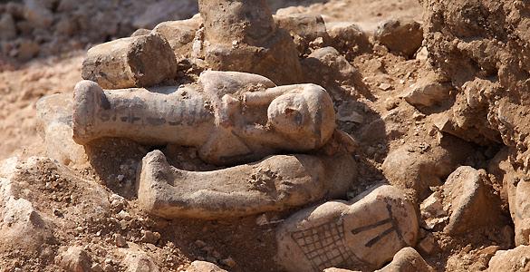 Algunos de las figuras descubiertos por el Proyecto Djehuty