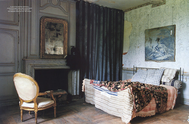 """Le Château in """"World of Interiors"""" 2004 July issue- 4"""