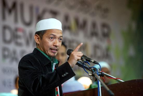 """""""Everyone Took UMNO's Money!"""" PAS Youth Chief's Alleged Admissions"""