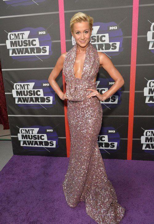 2013 CMT Music Awards - June 5, 2013 photo kellie-pickler-060513-201.jpg
