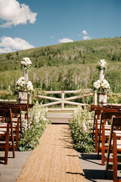 Pretty in Pink Utah Wedding at White Pine Ranch   MODwedding