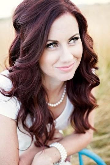 You have pale skin? These are the best hair colors for you ...