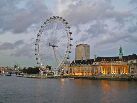 London Eye - World's Largest Wheel and Popular Attraction