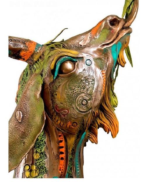 Sculpture en bronze de l'artiste colombien Nano Lopez