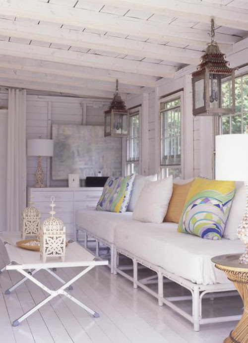 myfarmhouse:    modern cottage living room from style-files.com by danielle