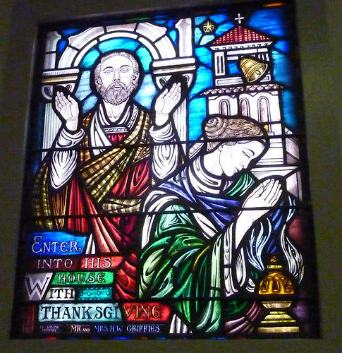 P1000553-2011-09-25-APC-Sacred-Spaces-Tour-North-Avenue-Presby-Praise-Stained-Glass