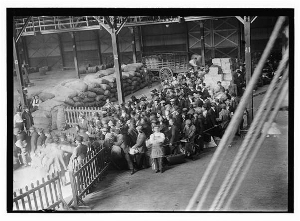 Επιστροφη Ελληνων μεταναστων από Νεα Υορκη για τον Βαλκανικο-1912
