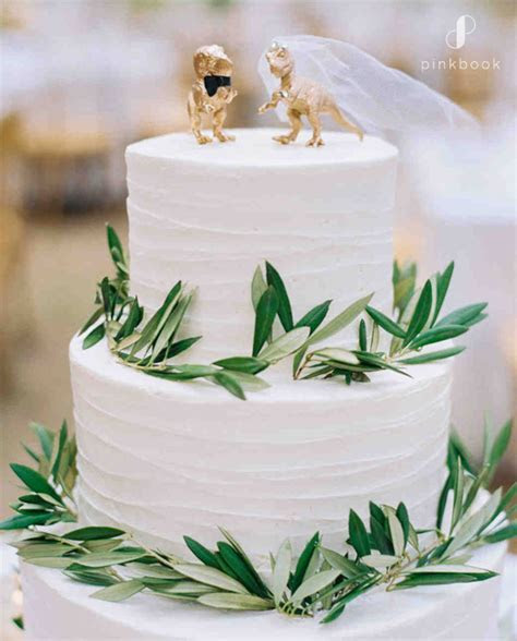 34 Unique Wedding Cake Toppers   Pink Book Wedding Inspiration