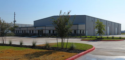 Available in North Houston: 22,819 SF Freestanding Building