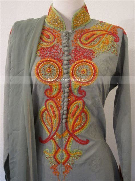 Pakistani Dress Simple Grey Shalwar Kameez   Pakistani