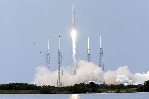 The FALCON 9 rocket leaves the pad on its maiden launch on June 4, 2010.