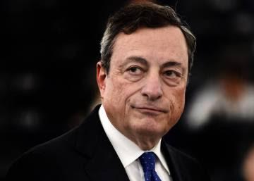 Draghi inyecta medio billón más pero da el primer paso atrás en el plan de estímulos