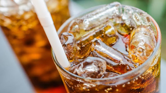Cutting sugar in soft drinks would save 155,000 lives and $8 billion: experts