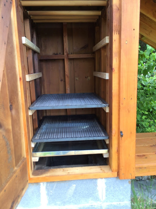 The Smokehouse Part 4 – shelves