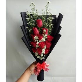 Gambar Buket Bunga Mawar Merah