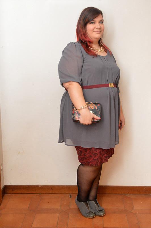 outfit grigio e borgogna5