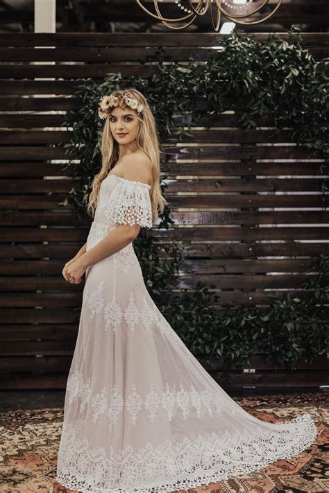 Carrie Off the Shoulder Wedding Dress   Dreamers and Lovers