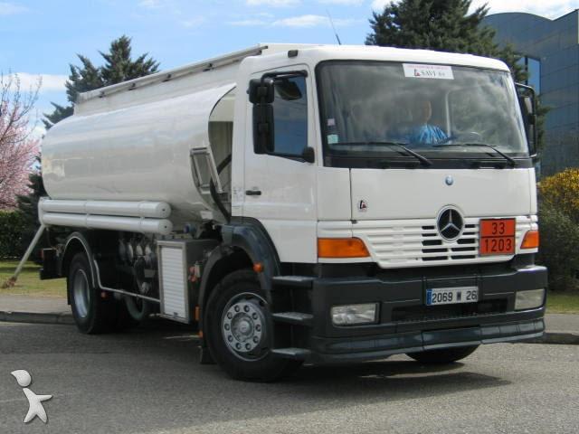 Miniescavatore camion trasporto latte usati for Cerco armadio usato milano