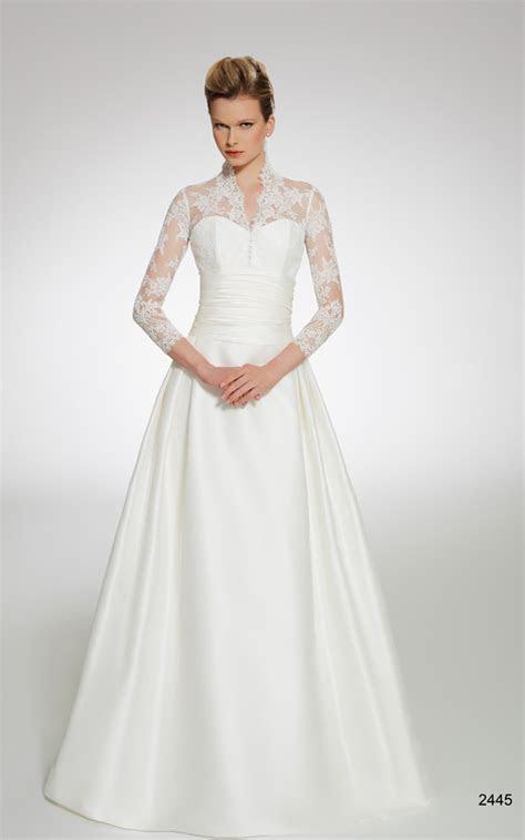wedding dresses for older brides   Older Women Bridal