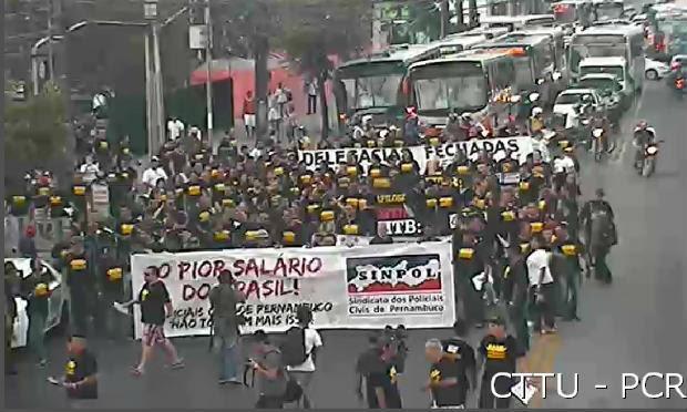 Categoria realizou protestos nas ruas do Centro do Recife nesta quarta-feira (13) / Foto: CTTU Monitoramento