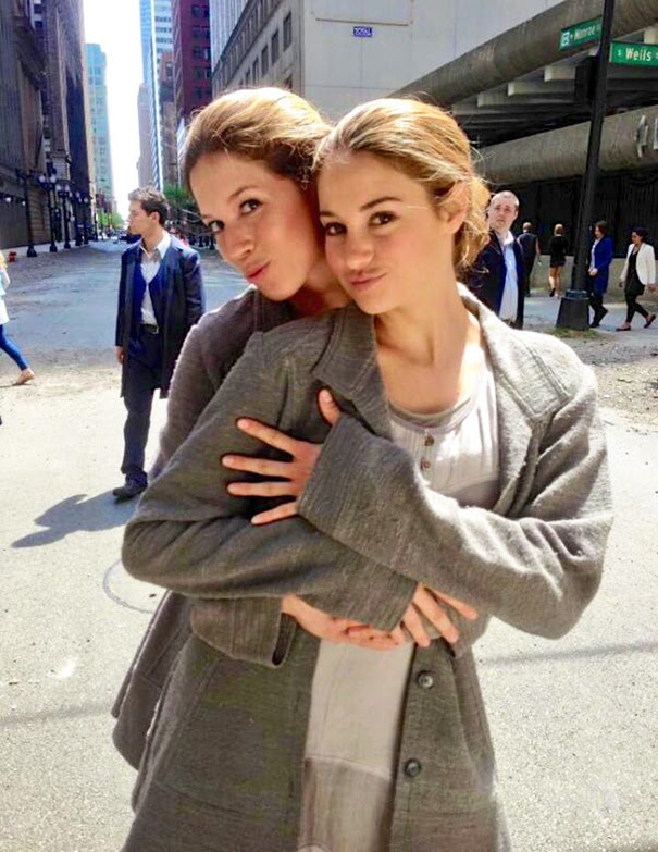 Shailene Woodley And Stunt Double Alicia Vela-Bailey On The Set Of Divergent