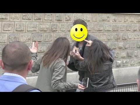 parigi, i fan si picchiano per un selfie con mariah carey: video