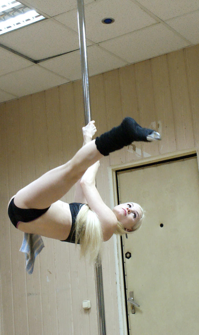 Health and Sexy with Pole Dance or Pole Fitness