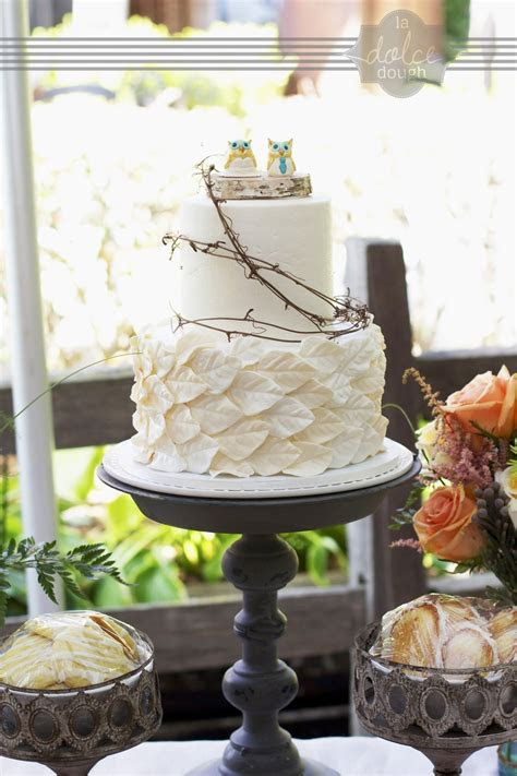 Ivory Leaf Wedding Cake With Grapevine, Birch And Ceramic