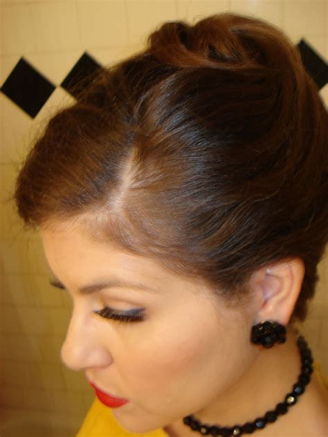 20 Most Popular French Twist Hairstyles Ideas   ShePlanet