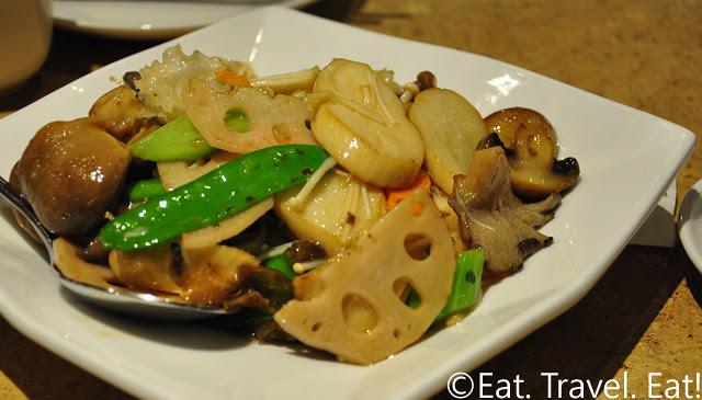 R&G Lounge- Chinatown, San Francisco, CA: Mixed Vegetables with Mushrooms