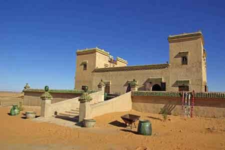 AUberge dans les dunes de Merzouga Sud du Maroc