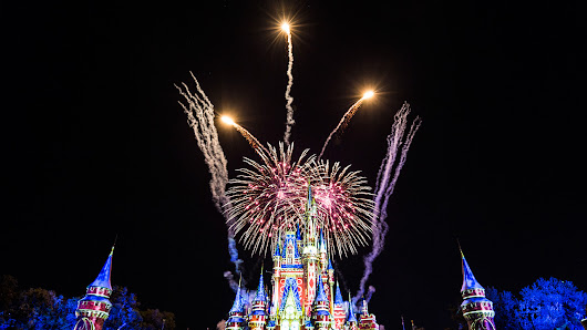 #DisneyParksLIVE: Watch the Debut of 'Happily Ever After' Tonight at 8:55 p.m ET