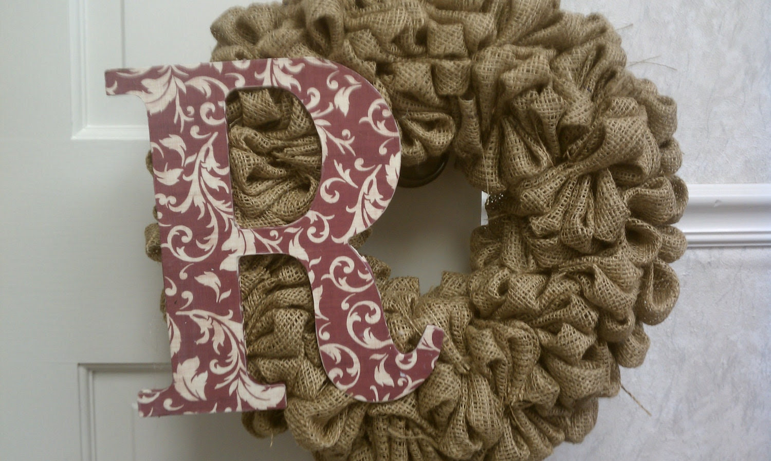 "19-20"" Customized Burlap Wreath"
