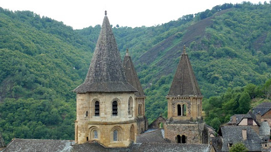 5 unforgettable moments in Conques | I Love Walking In France
