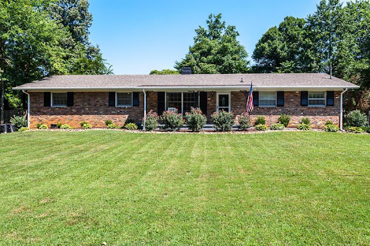 7805 Sabre Drive, Knoxville, TN 37919 (#972772) :: Billy Houston Group