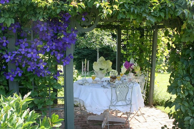 traditional patio by Aiken House & Gardens