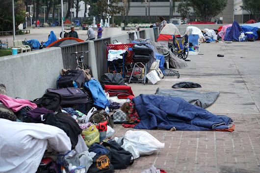 To discourage homeless encampment, Santa Ana is banning structures and other property at Civic Center