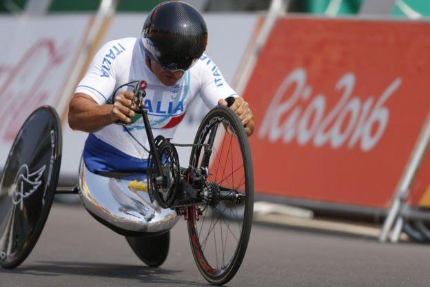 Alex ZAnardi en la contrarreloj de Río 2016