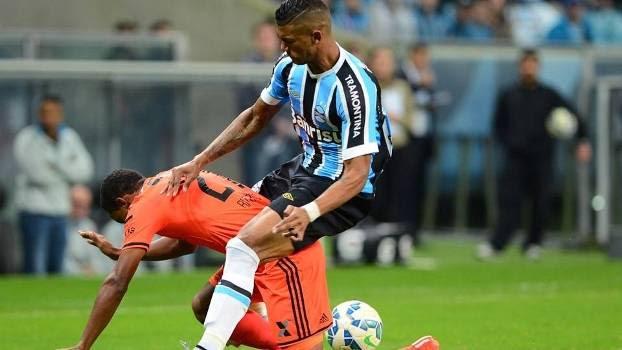 Duelo foi truncado na Arena Grêmio