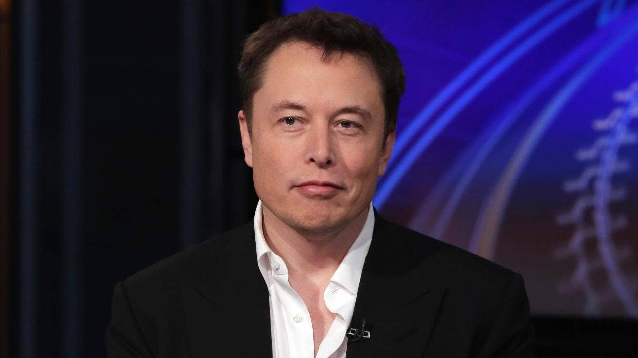 FOX NEWS: Hero cave diver attacked by Elon Musk as 'pedo guy' is prepping libel suit