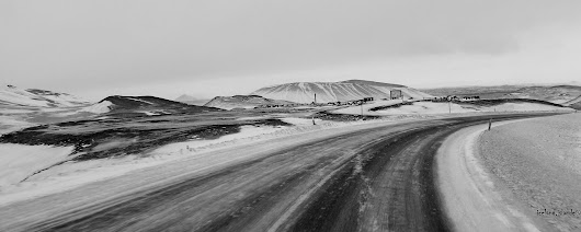 road to hot springs Iceland islande
