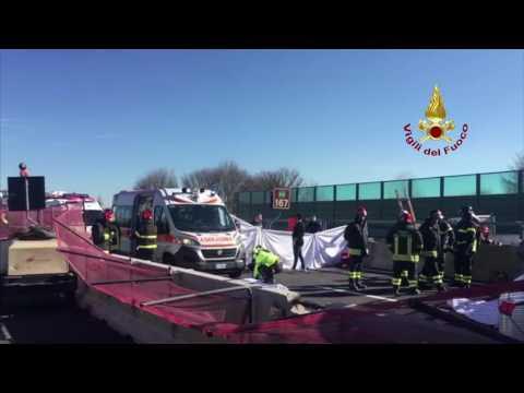 VIDEO: Crollato il Ponte dell'Autostrada tra Loreto e Ancona