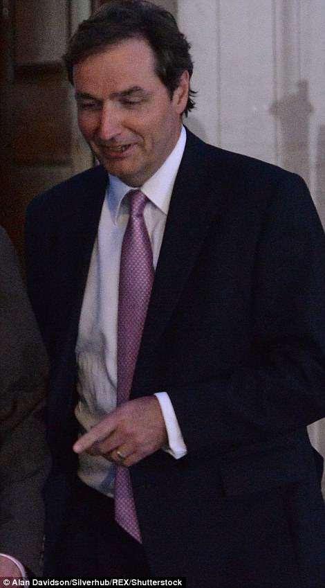Consultor ginecólogo Alan Farthing