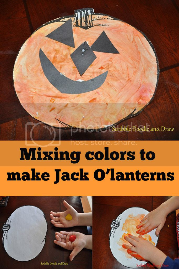 fingerpainting with kids to make pumpkin craft