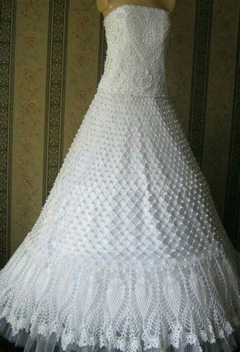 25  best ideas about Crochet Wedding Dresses on Pinterest