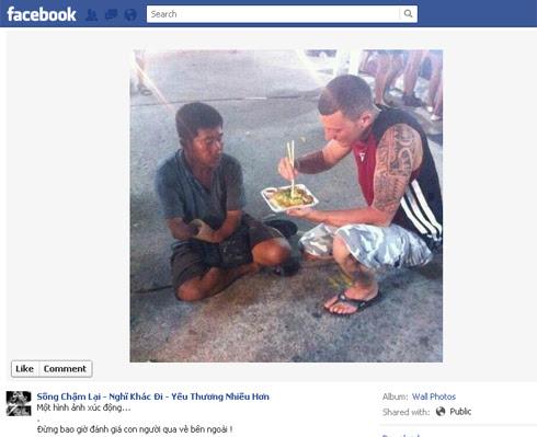 Bức ảnh đang thu hút hàng trăm lượt chia sẻ trên Facebook.