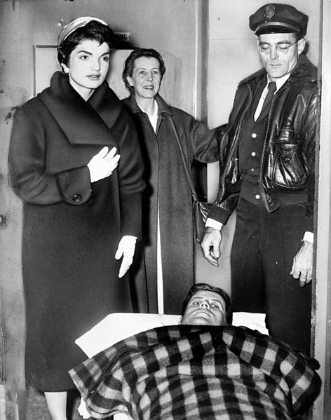 File:John F. Kennedy after spinal surgery cph.3c33052.jpg