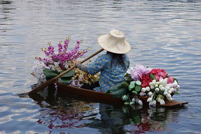 Floating Flowers @ Hampton Court Flower Show