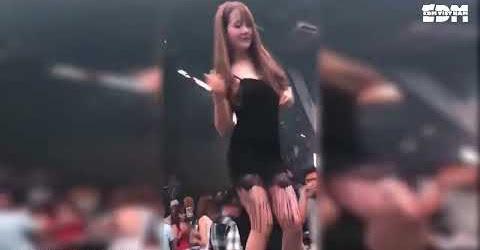 Nhạc Bay 2018 - Cô Bé Hút Cần - Nonstop Tết 2018 - Nhạc Sàn Cực Mạnh 2018