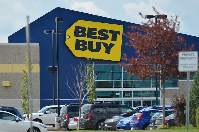 Best Buy shares surge after beating expectations and raising forecast ahead of the holidays